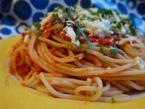 spageti domaten sos rosi