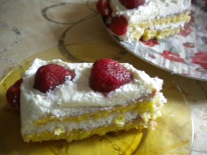 torta rafaelo yagodi 1