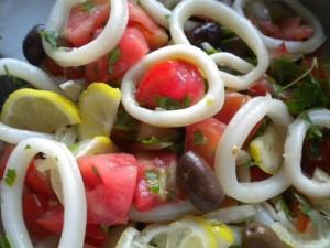 salata kalmari domati 1