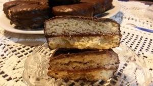 Шоколадови сандвич бисквитки 1