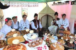 """Фестивал """"Житената питка"""" в Стражица"""