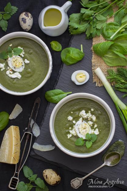 Крем супа със спанак и коприва