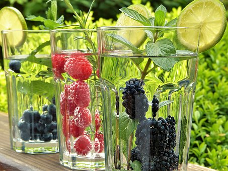 water drink fruits pix