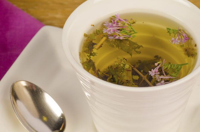 снимка: https://www.livestrong.com/article/189476-valerian-tea-and-pregnancy/