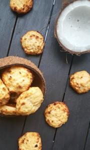Диетични протеинови сладки с кокос