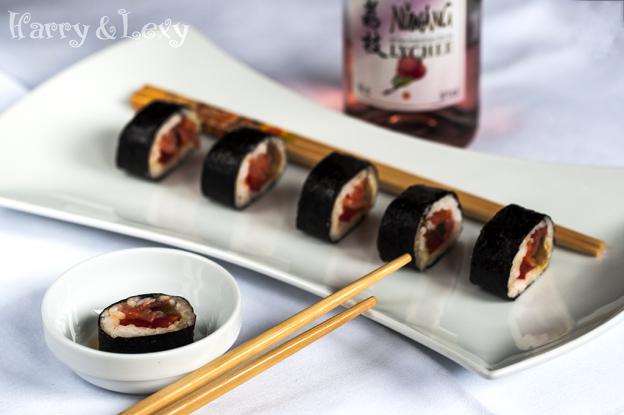 smoked-salmon-and-mango-rolls