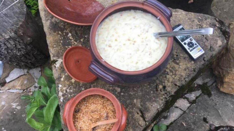 Сватбарско жито от Гумощник, Снимка:  доц. Ана Кочева